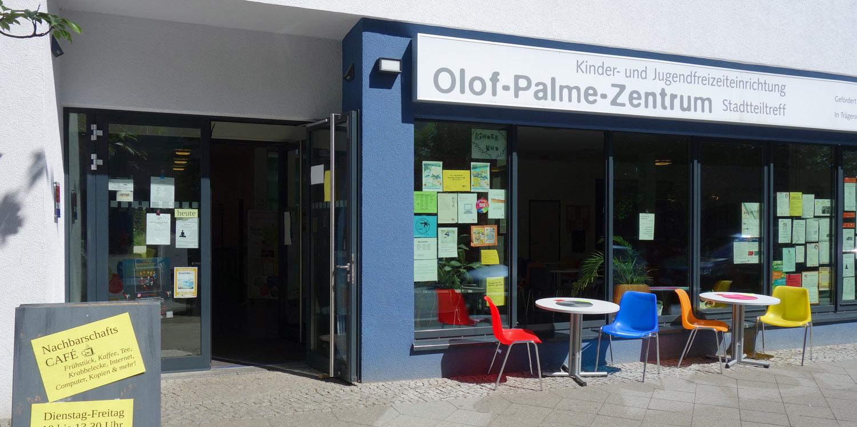 Eingang Olof-Palme-Zentrum