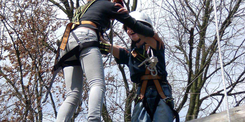 Gemeinsam im Kletterwald